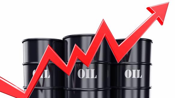 Cập nhật giá xăng dầu hôm nay 8/7: Dầu tiếp tục leo cao
