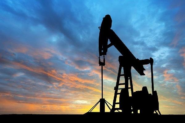 Giá dầu thô tiếp tục giảm trong phiên giao dịch hôm nay