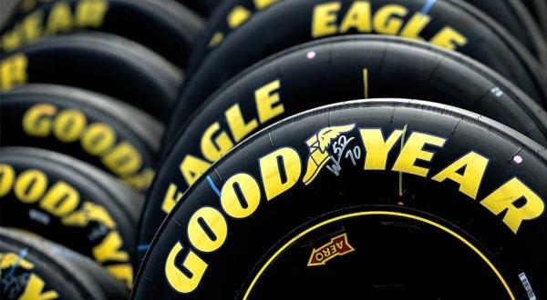 Đúng lúc hãng lốp xe thứ ba thế giới trượt dài, đối thủ tặng họ món quà bất ngờ