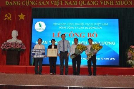 Cao su Đồng Nai dự kiến vượt 2.150 tấn mủ