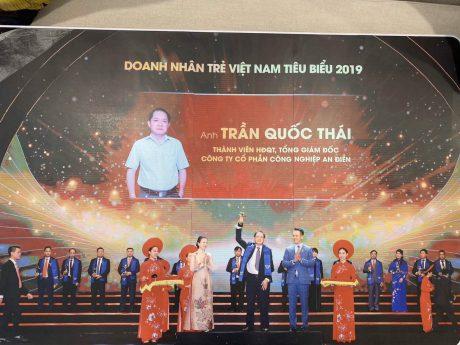 Anh Trần Quốc Thái được vinh danh Top 100 Doanh nhân trẻ tiêu biểu